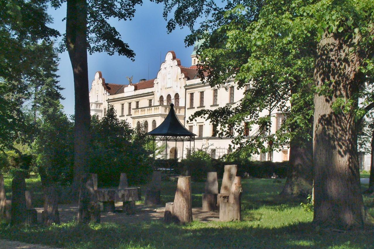 Zámek   zámek Častolovice